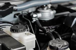 detalj av en bilmotor