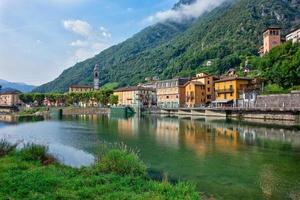 San Pellegrino Terme i Bergamo-provinsen i norra Italien foto