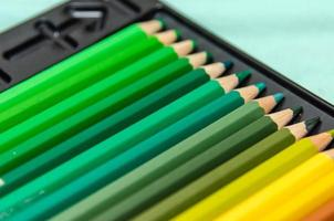 uppsättning färgpennor foto