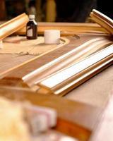 restaurering av trädörrar, reparation och restaurering av möbler foto