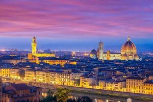 duomo och florence city downtown skyline stadsbilden i italien