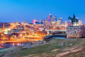 scouten med utsikt över centrala Kansas City