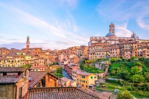 centrum Siena skyline i Italien