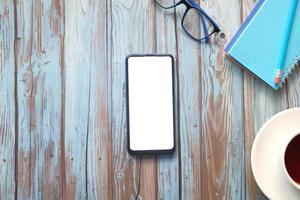 ovanifrån av mock up smart telefon