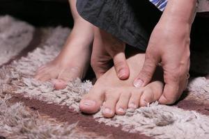 närbild på fötterna