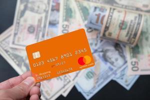 kreditkort och online shopping koncept foto
