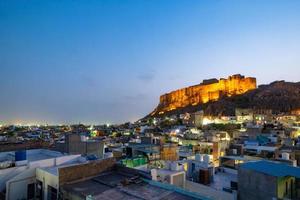 Mehrangarh fort vid Jodhpur på kvällstid, Rajasthan, Indien foto