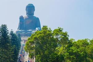 jätte buddha staty i Hong Kong, Kina foto