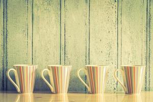 färgglada kaffekoppar foto