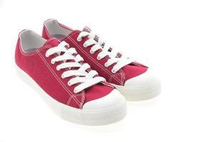 röda skor på vit bakgrund