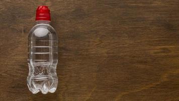 plastflaskvatten foto