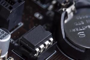 närbild av en elektronisk chipteknik foto