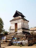 lampang, thailand 2013 - wat phra that lampang luang foto