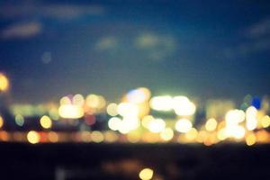abstrakt oskärpa stad på natten foto