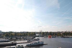 amsterdam, Nederländerna 2015 - Flygfoto över hollands hamn foto
