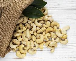 påse cashewnötter foto