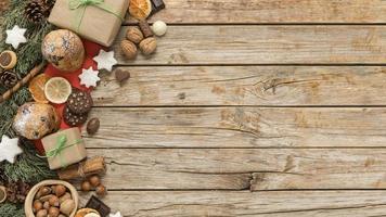 platt låg festliga julbord arrangemang med kopia utrymme foto