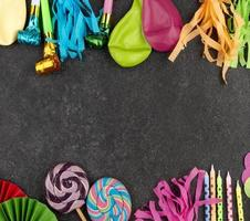 ballonger och fest levererar bakgrund foto