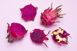 ovanifrån sortiment exotiska frukter bord. vackert fotokoncept med hög kvalitet och upplösning foto