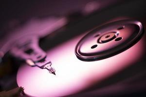 närbild bild av en HDD roterande skiva foto