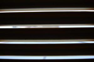 bakgrund med ränder i svartvitt foto