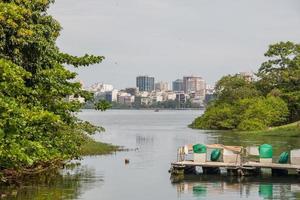 vy av lagunen Rodrigo de Freitas i Rio de Janeiro, Brasilien foto