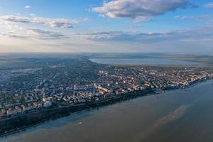 Flygfoto över staden Galati, Rumänien foto