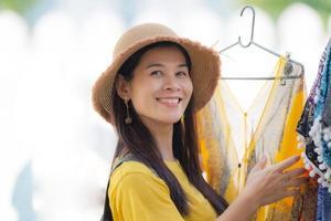 asiatiska kvinnor asiatiska turister foto