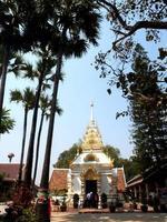 wat phra som lampang luang tempel i lampang provinsen, thailand foto