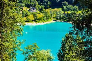 tenno sjö på sommaren foto