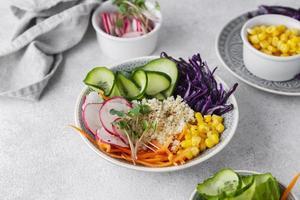 vacker komposition av utsökt mat foto