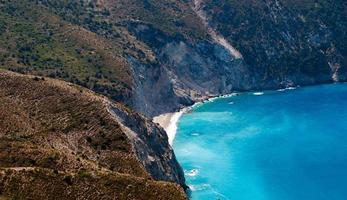 Kefalonia ö Grekland vacker utsikt över Mirtos Bay foto
