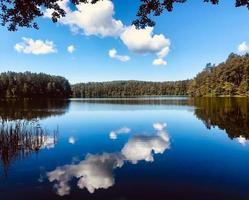 geluva sjön i litauen foto