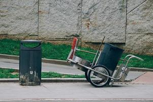 sopburk på gatan foto