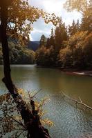 sjö i berget i bilbao spanien foto