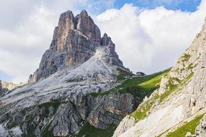 toppen av berget averau i dolomiterna nära Cortina foto