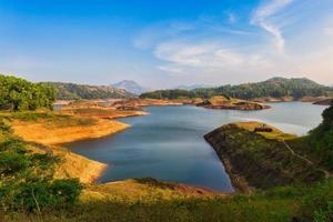 landskap vid kulamavu i kerala foto