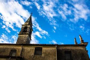 klocktorn och himmel foto