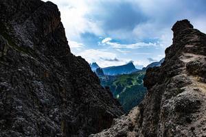 dalen i dolomiterna foto