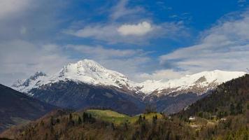 Mount Arera och Mount Grem foto
