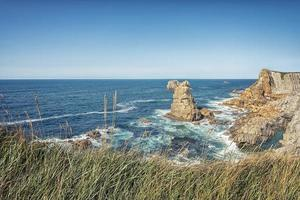kust i norra Spanien foto