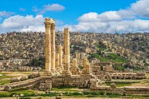 Hercules tempel på Amman citadellet i Jordanien foto