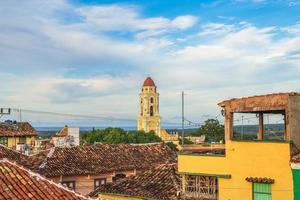klocktorn i Trinidad på Kuba foto