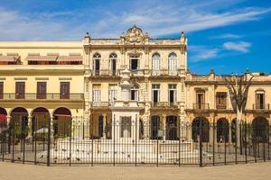 Plaza Vieja gamla torg i Havanna Kuba foto