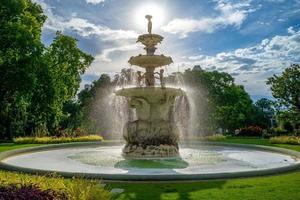 fontän i carlton trädgårdar melbourne australia foto