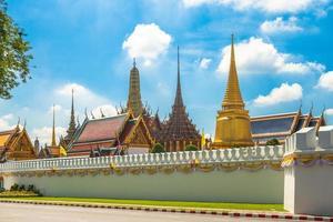 grand palace och wat phra kaeo i bangkok, thailand foto