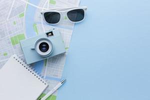 ovanifrån resande objekt arrangemang foto