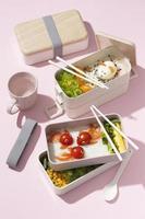 det japanska bento box-sortimentet foto