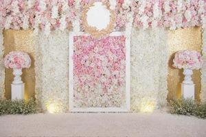 bröllop bakgrund med blomma och bröllop dekoration foto