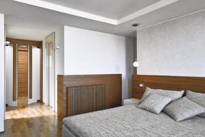 interiörbilder av ett modernt sovrum foto